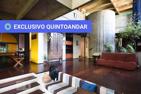 Casa Mobiliada Com 5 Dormitórios E 4 Garagens - Id: 892918759 - 218759