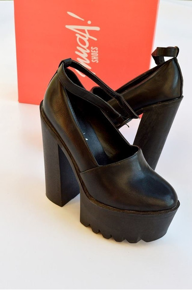 Zapatos Negros Plataforma Muaa