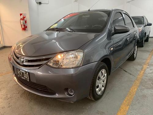 Toyota Etios Xs 4p C/baúl Impecable, Muy Cuidado, 1ra. Mano