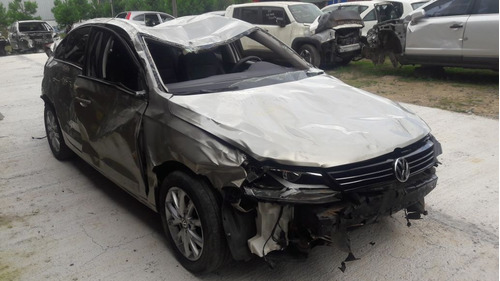 Sucata Volkswagen Jetta 2.0 Automático 2014 Rs Caí  Peças