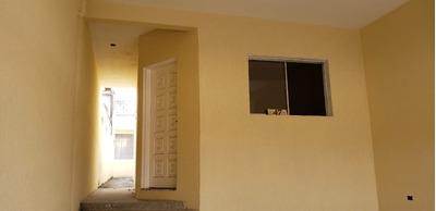 Casa Nova, Garagem Coberta, Portão Automático