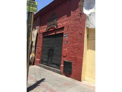 Venta Derecho Llave Restaurant Manuel Montt / Valenzuela Castillo