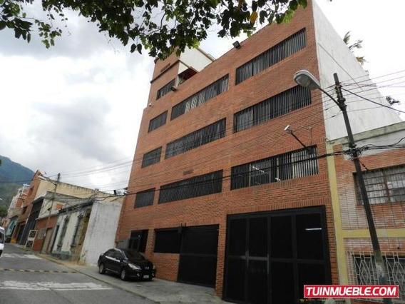 Edificios En Venta. Urb Sarria. 17-12233