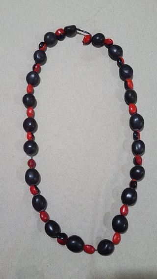 Colar Feminino Pedras Preto Vermelho