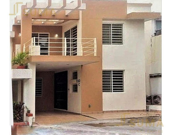 Casa - Fraccionamiento Lomas Del Chairel