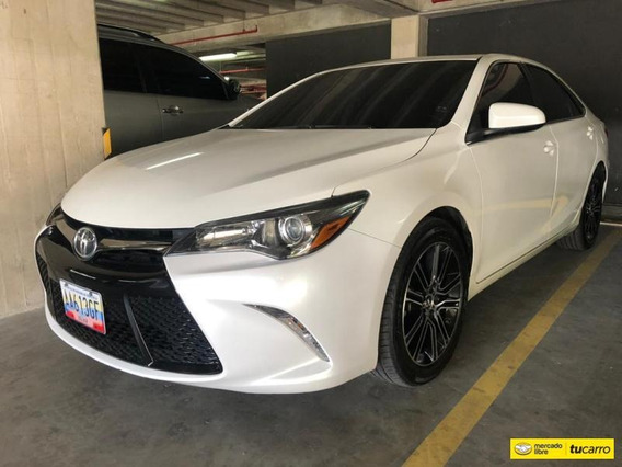 Toyota Camry Especial Edition