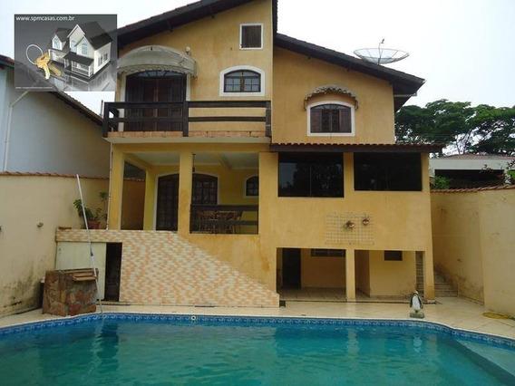 3 Suites | Piscina | Condominio Fechado. - Ca0057
