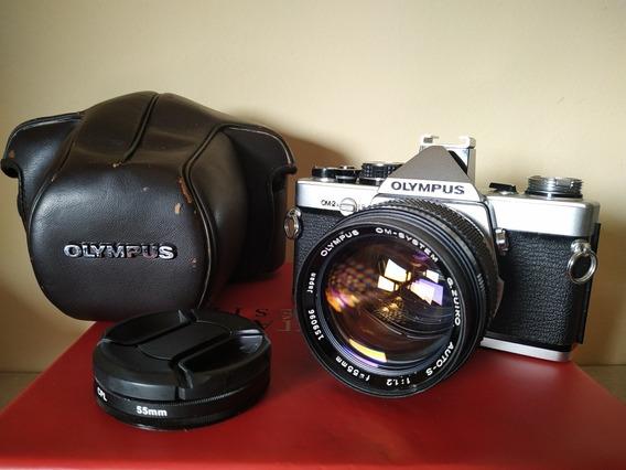 Câmera Olympus Om2n + Lente 55mm F 1.2