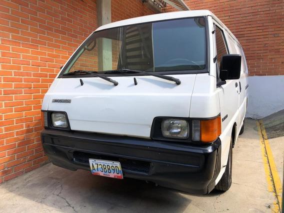 Mitsubishi Panel Año 2000