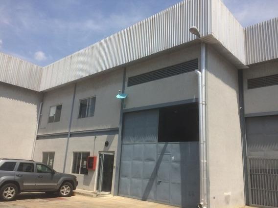 Galpon Industrial. Wc