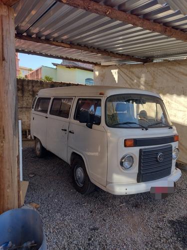 Imagem 1 de 6 de Volkswagen Kombi 2013 1.4 Lotação Total Flex 3p