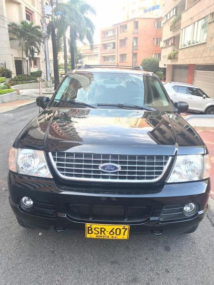 Ford Explorer Xlt, 7 Puestos, Sistema De Video Excelente