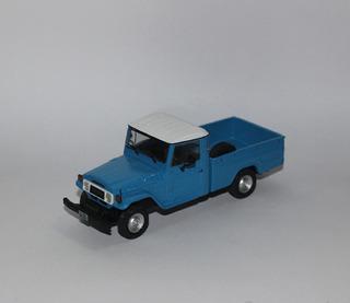 Toyota Bandeirante Cabine Simples 1:43 4x4 Customizada Jeep