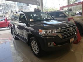 Toyota Land Cruiser 5.7 4x4 At
