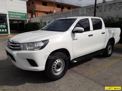 Toyota Hilux 2.7 4x2