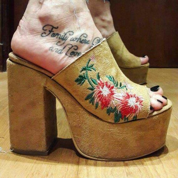 Zuecos Suecos Sandalias Zapatos Con Plataforma Bordados
