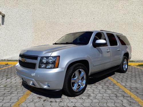 Imagen 1 de 15 de Chevrolet Suburban 2013