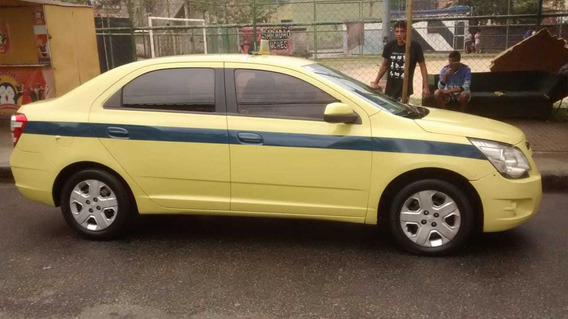 Chevrolet Cobalt + Autonomia Táxi