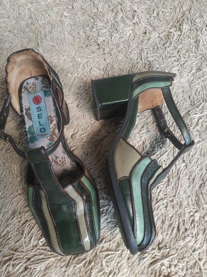 Sapato Em Couro Selo De Controle 34