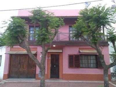 Amplia Casa Con Planta Alta En San Vicente