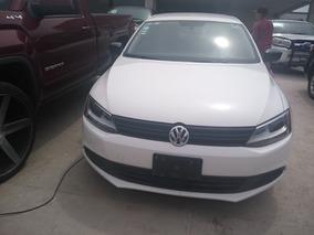 Volkswagen Jetta 2.0 L4 At- Mod: 2014