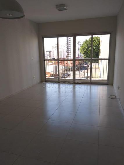 Apartamento - Ref: V4936