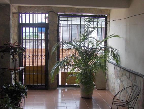 Casa En Venta San Felipe 19-715 Dh 04245826967