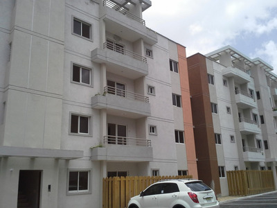 Apartamento Listo Para Entregar En La Charle Con San Isidro
