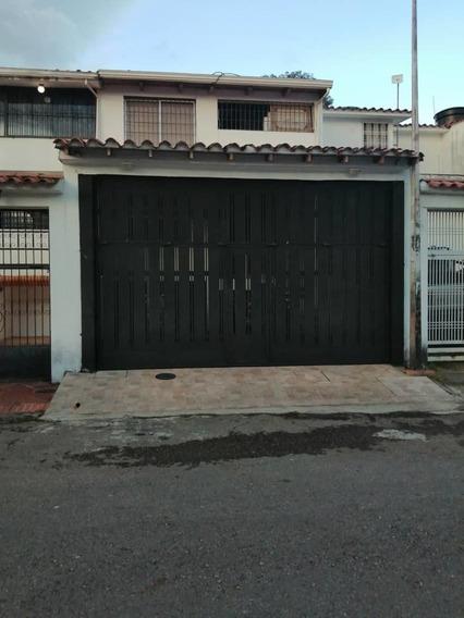 Urb. Altos De Paramillo