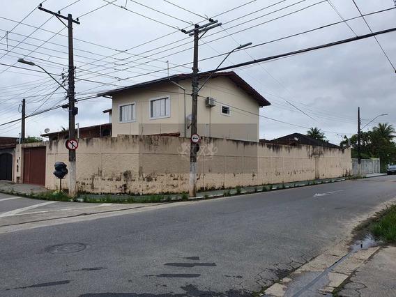 Sobrado Com 3 Dorms, Centro, Caraguatatuba - R$ 850 Mil, Cod: 745 - V745
