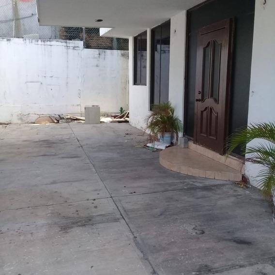 Casa Por Las Anclas Muy Amplia
