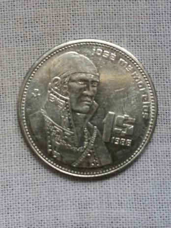Imagen 1 de 2 de Moneda De 1 Peso 1986 De Acero