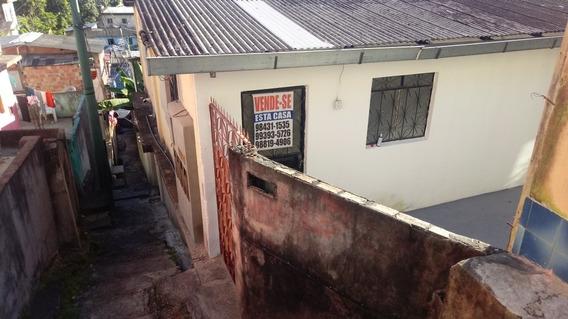 Casa De 4 Quartos E 3 Banheiros Sem Garagem.