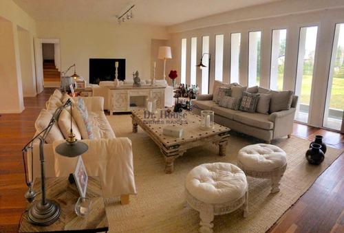Fabulosa Casa En Golf, Amplia Y Moderna, Para Gran Familia- Ref: 351