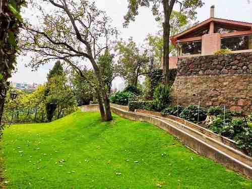 Estupenda Casa Con Gran Jardin - La Herradura