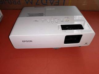 Proyector Epson 822
