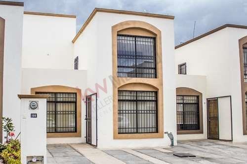 Casa En Renta En Fracc. La Morería A Unos Minutos De Zona Industrial $8,000