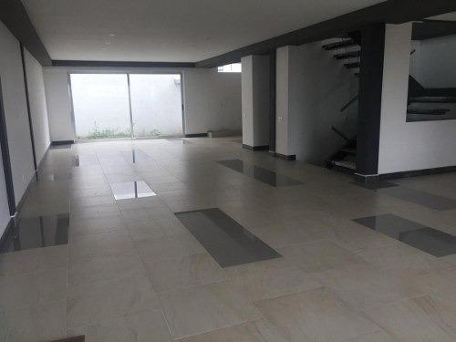 Preciosa Residencia En Real Del Bosque, 3 Niveles, Sótano, 4 Habitaciones, Roof