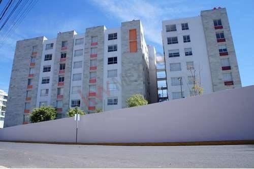 Departamento En Planta Baja En Renta En Torre Zavaleta, Cerca De Superama, Starbucks, Centro Mayor E Ibero Puebla.