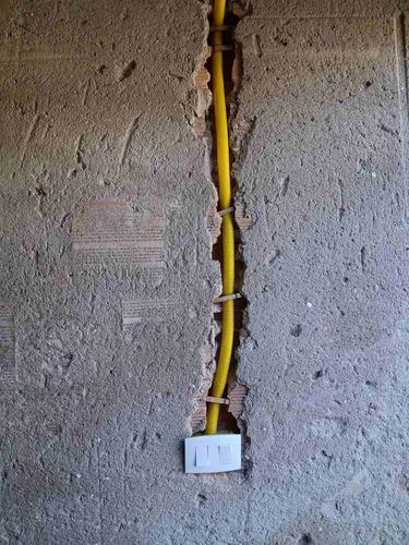 Imagem 1 de 1 de Faço Instalação De Eletricista