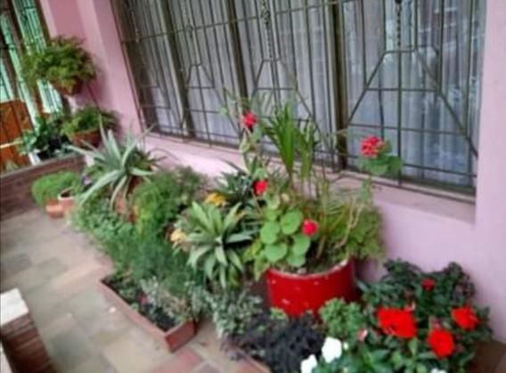 Casa Grande Económica De Cuatro Pisos En Bogotá. Hermosa!!!