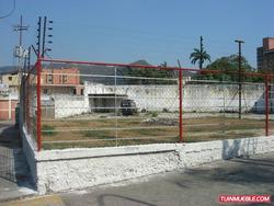 Sky Group Vende Terreno Av. Bolivar Norte Mat-78