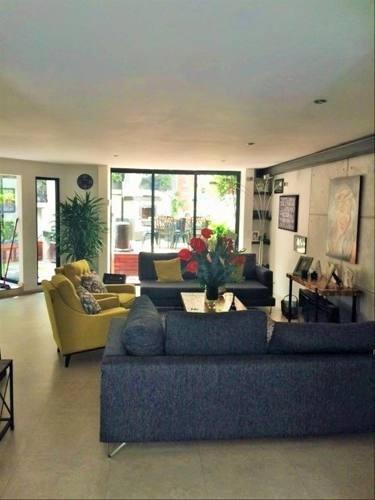 Preciosa Casa En Condominio Con Excelente Ubicación