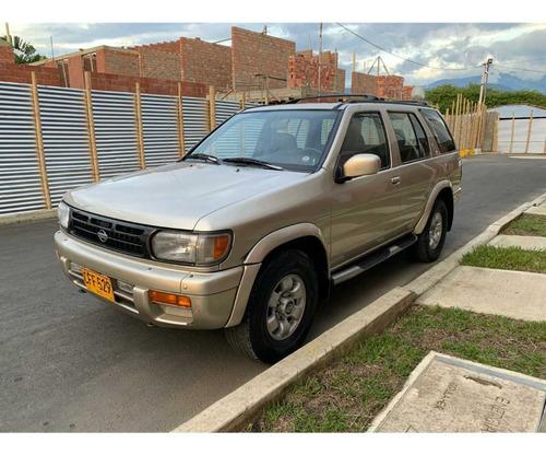Nissan Pathfinder 1998 3.3 R50 Std