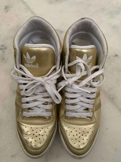 Tênis adidas Dourado Sneaker Edição Especial