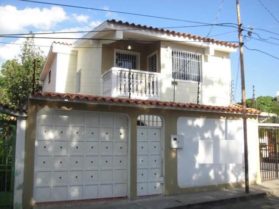 Casa En Venta Barquisimeto Rah 20-18548