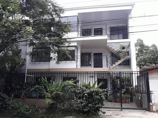 Apartamento En Arriendo Capri 350-1586