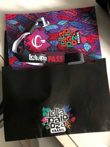 Lolla Pass