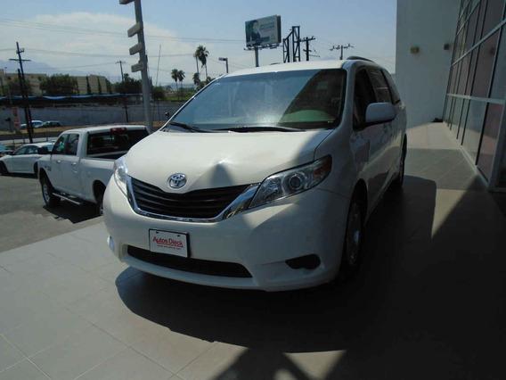 Toyota Sienna Xle Limited 2015 Blanco