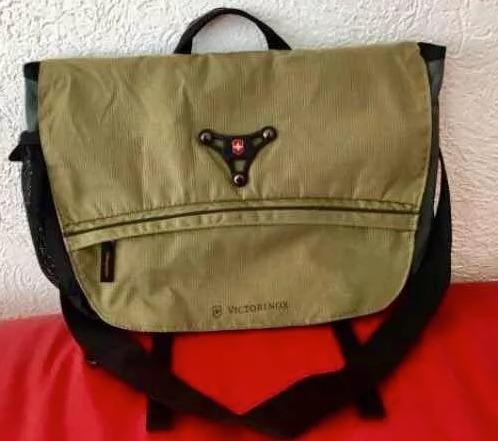 Mochila Victorinox 31105009 Para Laptop Y Tablet Color